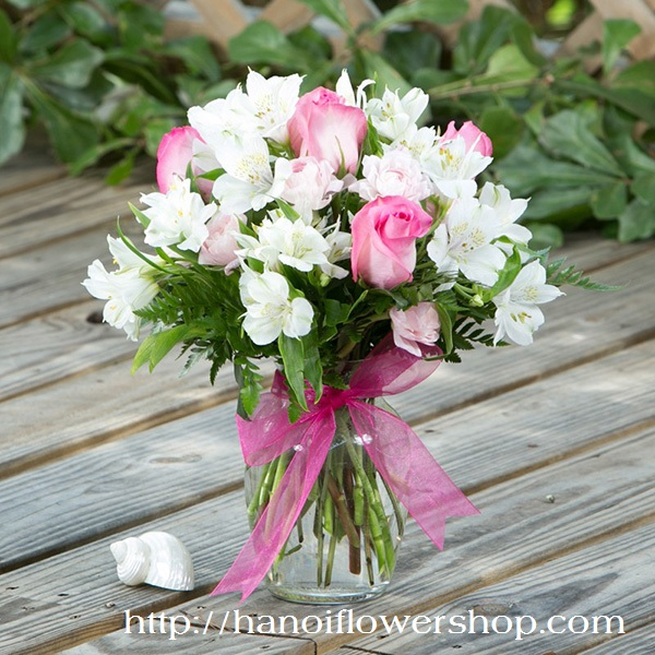 Beautiful Alstroemeria for Valentines day