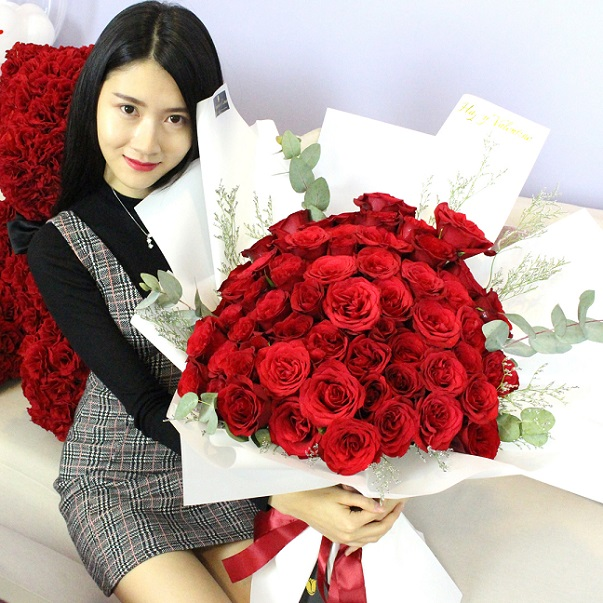 Online flower delivery in Hanoi