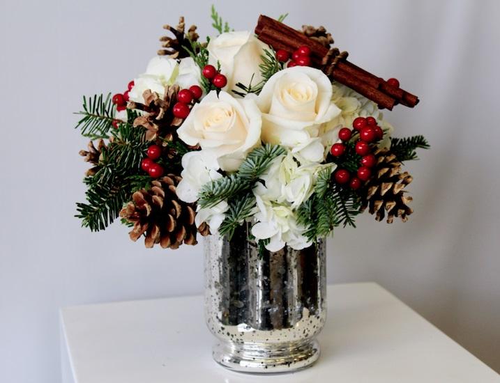 Christmas Flower Arrangements White.Christmas Flowers
